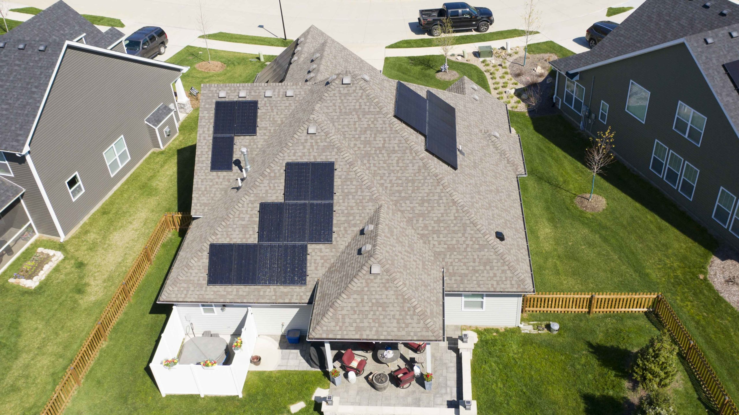 Check out the unique solar panel arrangement to fit the needs of this Columbia, Missouri home. Installer Dogwood Solar fit the panels to the space available to fit the needs of the household.